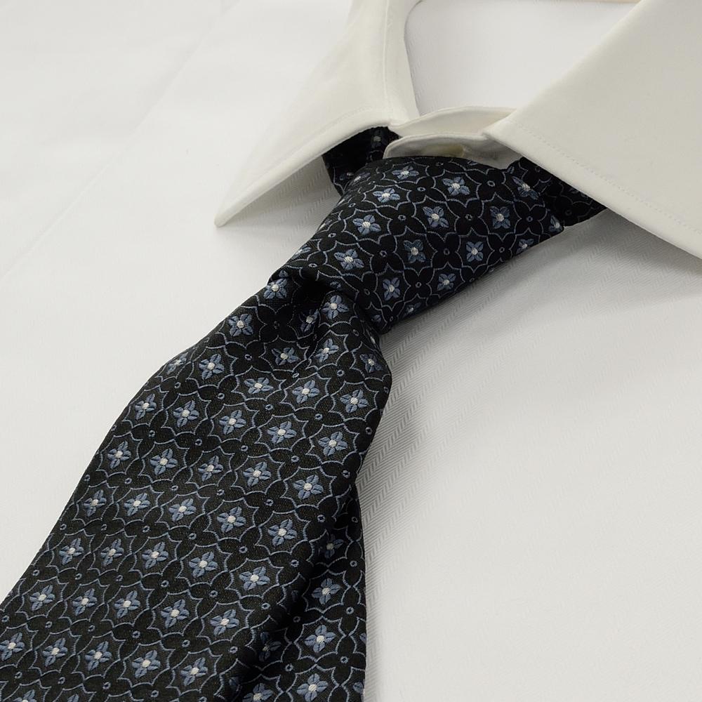 ZN7-1043 ブラック×ライトブルー 花小紋
