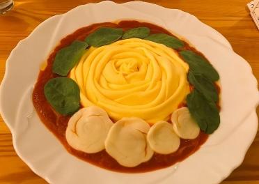 薔薇のオムライス