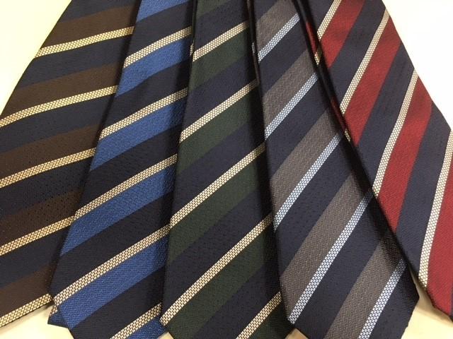 日本橋店にも        新しいネクタイが入ってきました。