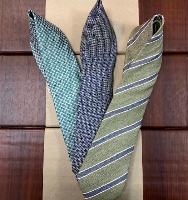 マイブームは緑のネクタイ!!