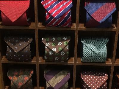 ネクタイ追加しました。