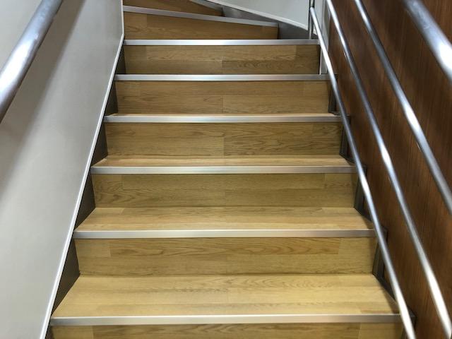 階段を上がるとそこには・・・。