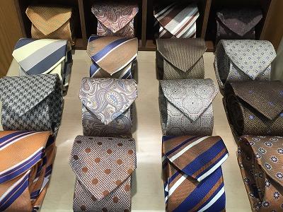 ネクタイ追加入荷。